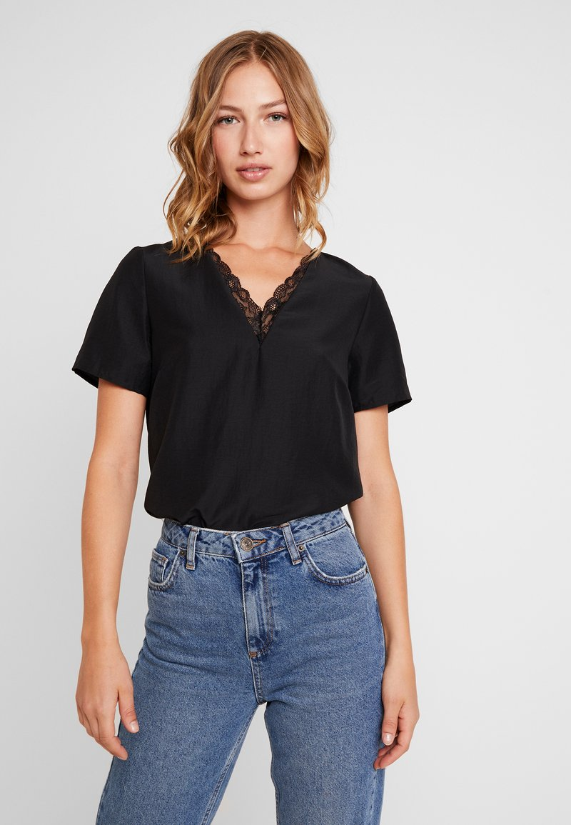 Vero Moda - VMSELINA V NECK BLOUSE - Bluse - black