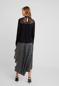 Vero Moda - VMBASHA FUNNEL - Long sleeved top - black - 2