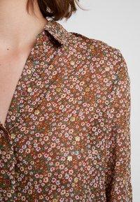 Vero Moda - VMAMELIA FOLD UP - Button-down blouse - tortoise shell - 4