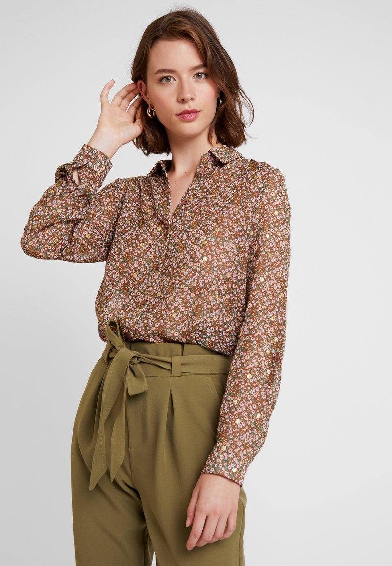 Vero Moda - VMAMELIA FOLD UP - Button-down blouse - tortoise shell