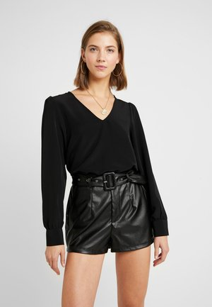 VMINSTANT V NECK BLOUSE - Bluser - black