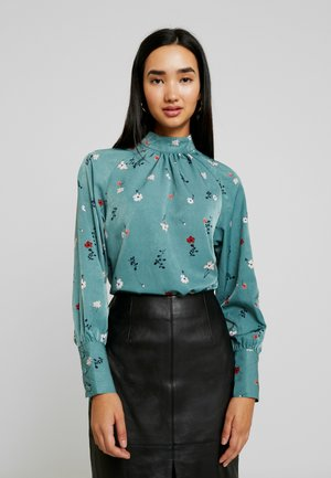 VMBOLETTE HIGH NECK - Blouse - north atlantic