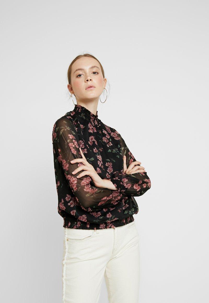 Vero Moda - VMMALLIE SMOCK - Bluse - black