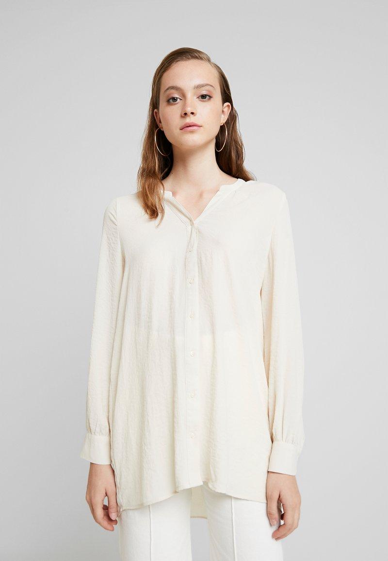Vero Moda - VMISABELLA - Button-down blouse - birch