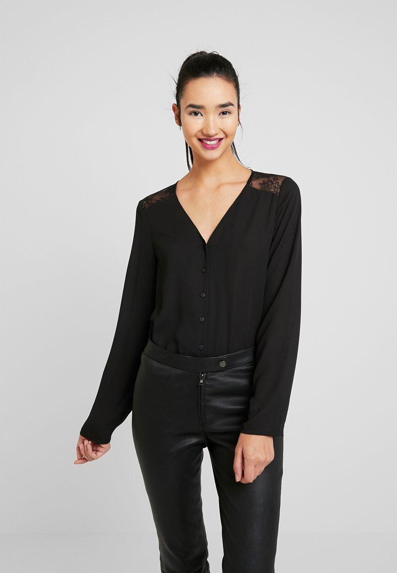 Vero Moda - VMEMMA - Bluse - black