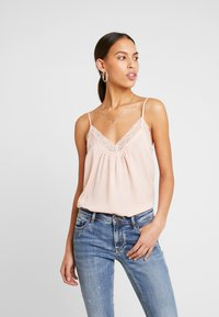 Vero Moda - VMAMY SINGLET - Top - sepia rose - 0