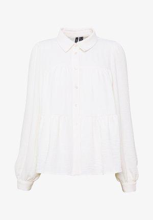 VMWIGGA - Button-down blouse - snow white
