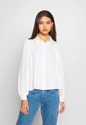 VMWIGGA - Camisa - snow white