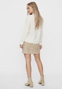 Vero Moda - Overhemdblouse - birch - 2