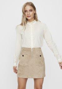 Vero Moda - Overhemdblouse - birch - 0