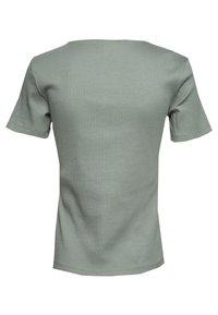 Vero Moda - VMHELSINKI NOOS - T-shirt imprimé - laurel wreath - 1