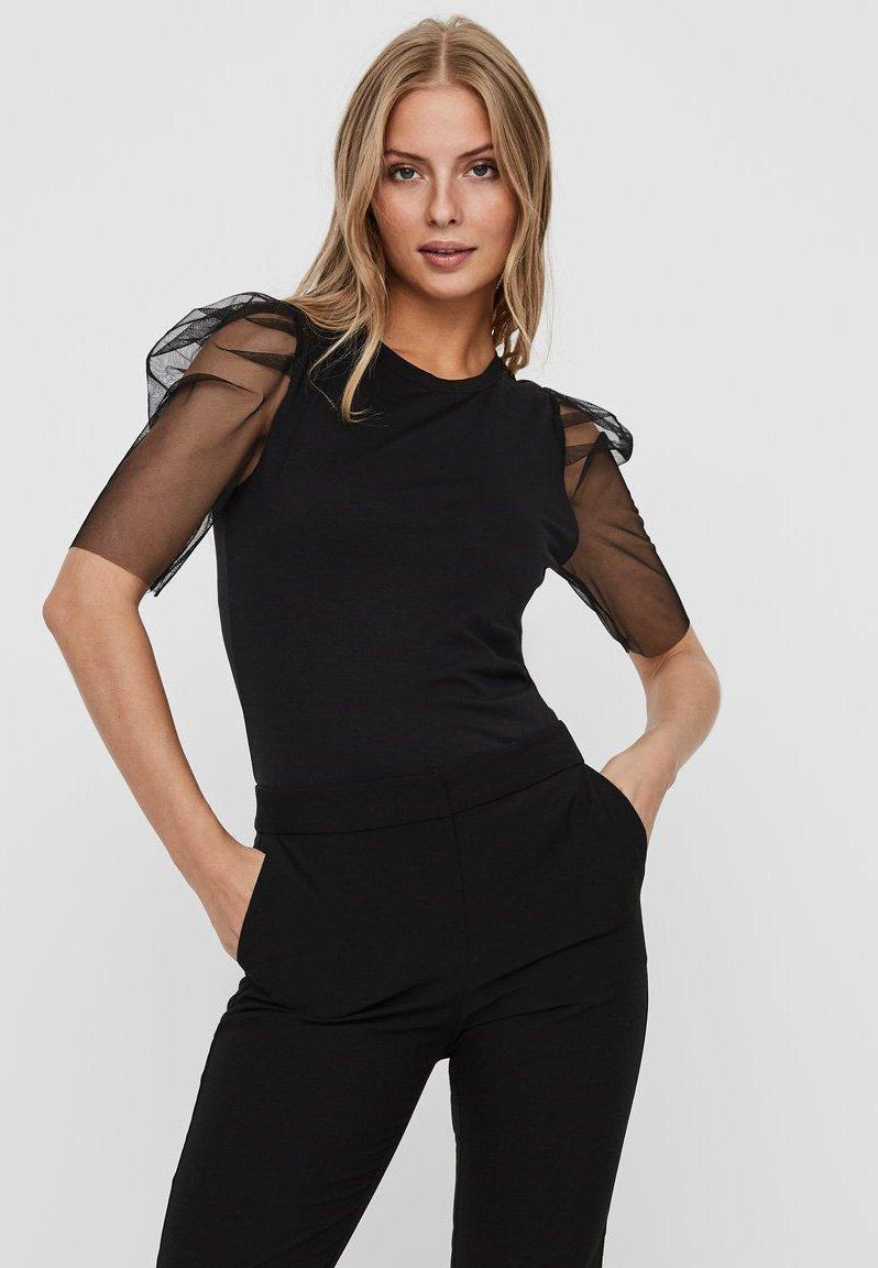 Vero Moda - T-shirt con stampa - black
