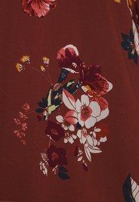 Vero Moda - VMLOVELY VNECK - Camicetta - laurel wreath - 2