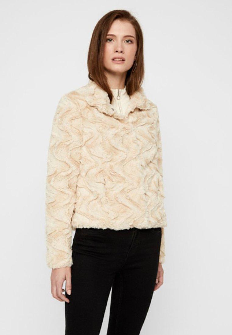 Vero Moda - VMCURL HIGH NECK  - Winter jacket - beige
