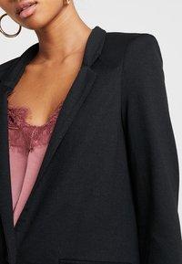 Vero Moda - VMJUNE LONG  - Short coat - black - 3