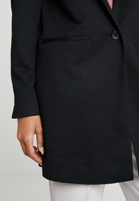 Vero Moda - VMJUNE LONG  - Short coat - black - 5
