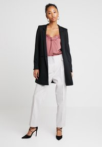 Vero Moda - VMJUNE LONG  - Short coat - black - 1