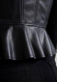Vero Moda - VMEBRU BUTTER SHORT FAUX  - Keinonahkatakki - black - 5