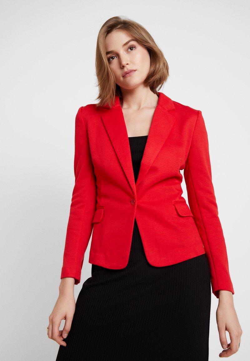 Vero Moda - VMJULIA - Blazer - chinese red