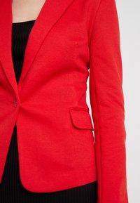 Vero Moda - VMJULIA - Blazer - chinese red - 5