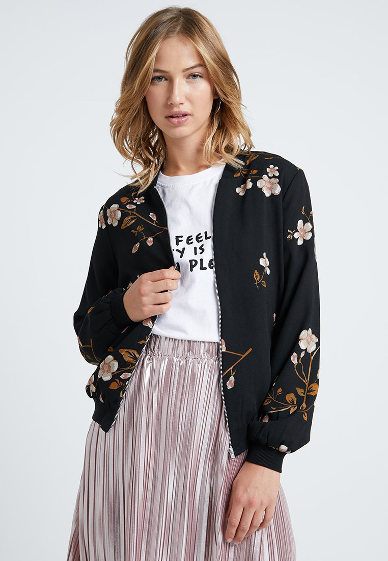 Vero Moda - VMCALLIE - Bomber bunda - black/callie