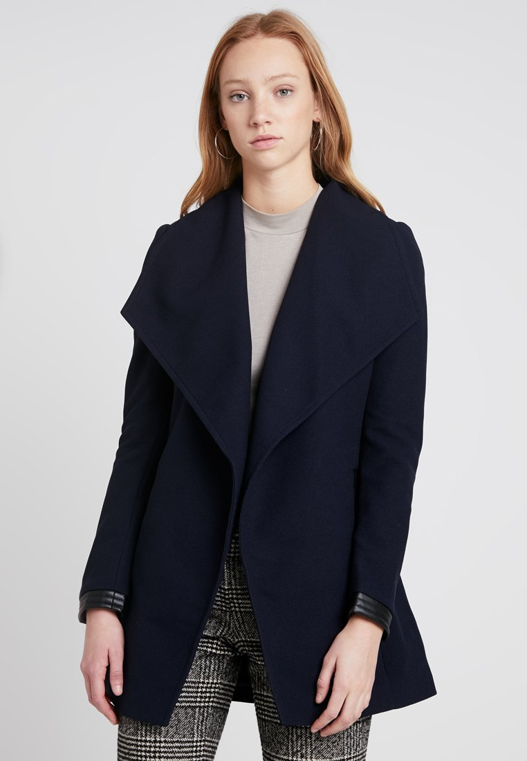 Vero Moda - VMCALA 3/4 JACKET - Trenchcoat - night sky/black