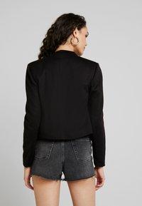 Vero Moda - VMJANEY SHORT  - Blazer - black - 2