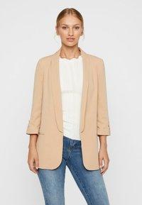 Vero Moda - Short coat - beige - 0