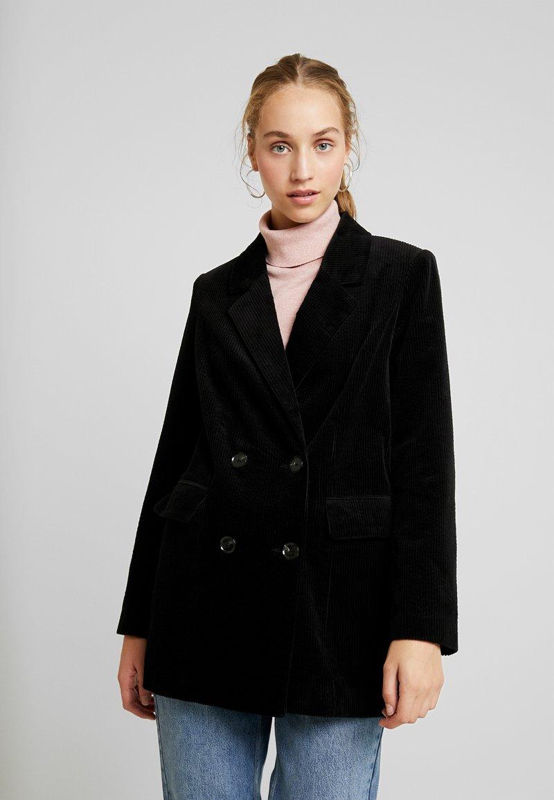Vero Moda - VMLEVIRIE - Krátký kabát - black