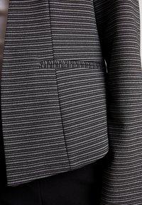 Vero Moda - VMCORINE VICTORIA - Blazer - black/white melange - 5