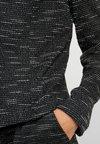 Vero Moda - VMSUNNA VILDE OPEN - Blazer - black