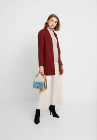 Vero Moda - VMBRINE LONG - Krátký kabát - madder brown - 1
