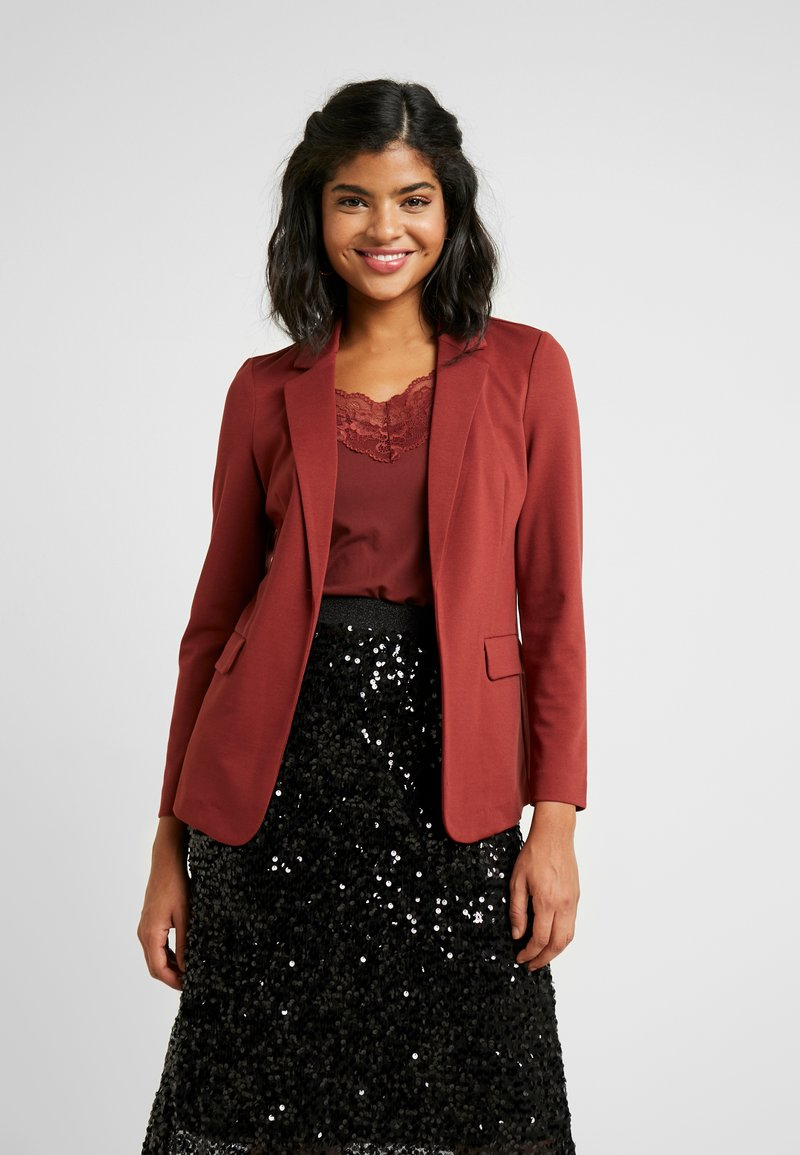 Vero Moda - VMNINA BOX - Blazer - madder brown/solid