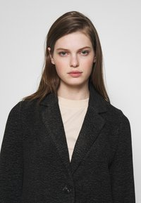 Vero Moda - Short coat - dark grey melange - 3