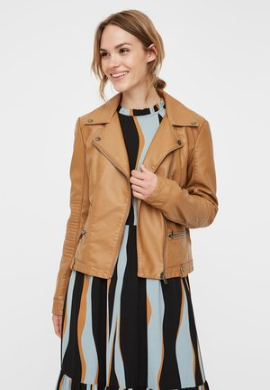 VMULTRAMALOU COATED JACKET - Giacca in similpelle - tobacco brown