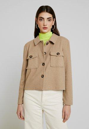 FELICITY - Lett jakke - beige