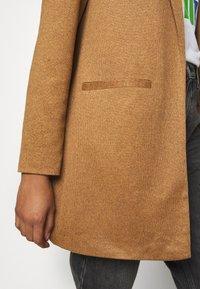 Vero Moda - VMJANEY - Abrigo corto - tobacco brown melange - 4