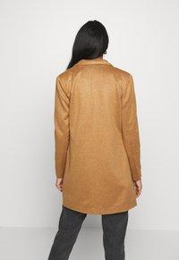 Vero Moda - VMJANEY - Krátký kabát - tobacco brown melange - 2