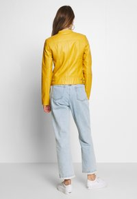 Vero Moda - VMRIAMARTA  - Faux leather jacket - amber gold - 2