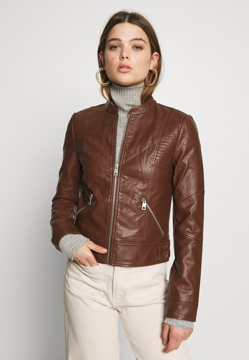 Vero Moda - VMRIAMARTA  - Faux leather jacket - rocky road