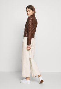 Vero Moda - VMRIAMARTA  - Faux leather jacket - rocky road - 2
