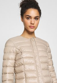 Vero Moda - SHORT JACKET BOOS - Light jacket - silver mink - 3