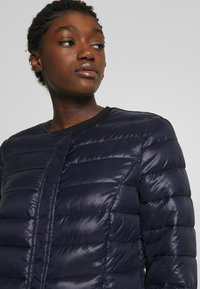 Vero Moda - SHORT JACKET BOOS - Light jacket - night sky - 3