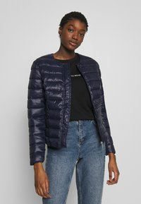 Vero Moda - SHORT JACKET BOOS - Light jacket - night sky - 0