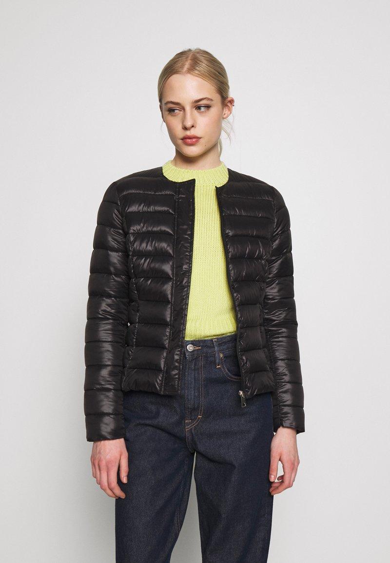 Vero Moda - SHORT JACKET BOOS - Light jacket - black