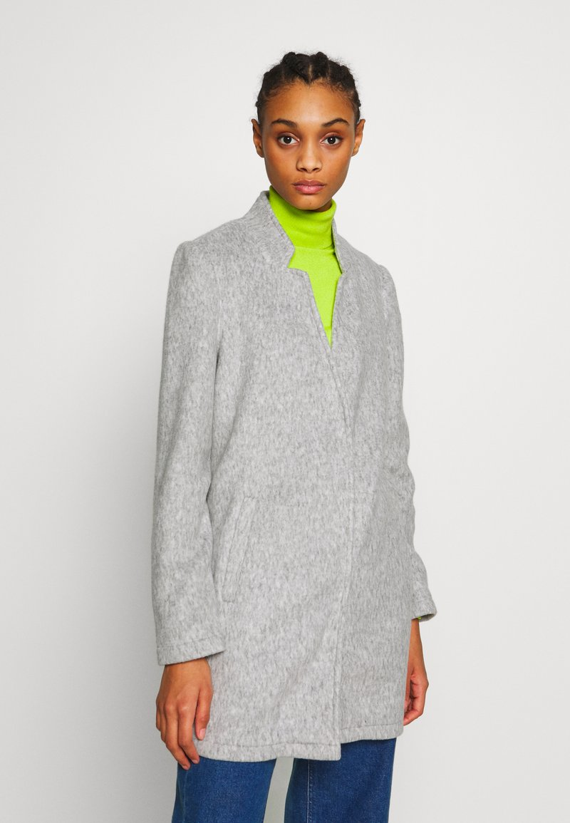 Vero Moda - VMBRUSHEDKATRINE  - Short coat - light grey melange