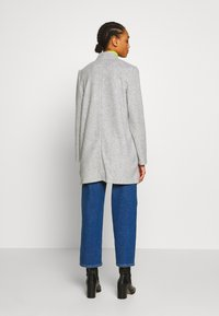 Vero Moda - VMBRUSHEDKATRINE  - Short coat - light grey melange - 2