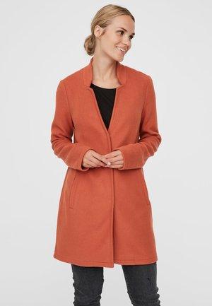 VMBRUSHEDKATRINE  - Short coat - red