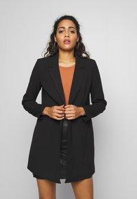 Vero Moda - VMDORIT  - Krátký kabát - black - 0