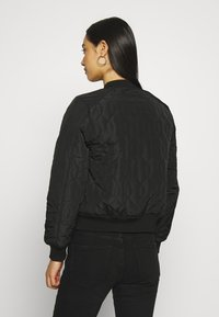 Vero Moda - VMMIRABELLE  - Light jacket - black - 2